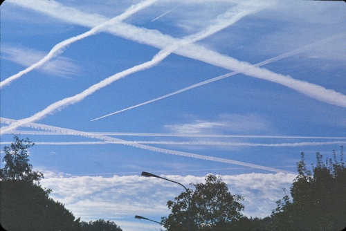 Flickr-Chemtrail-radiobrain_